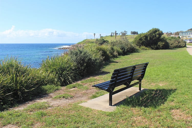 Bench overlooking Malabar Beach at Bay Parade.