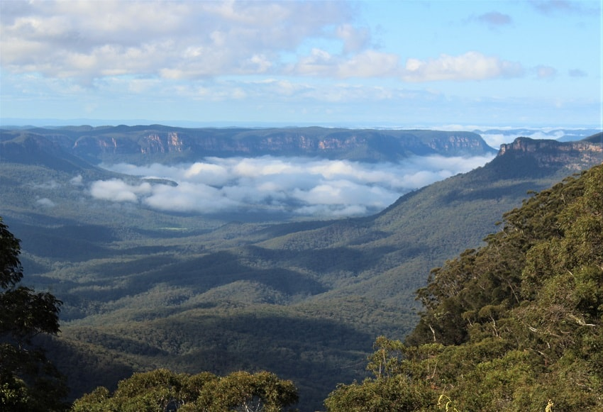 Enjoy one of the best weekend getaways from Sydney in the Blue Mountains.