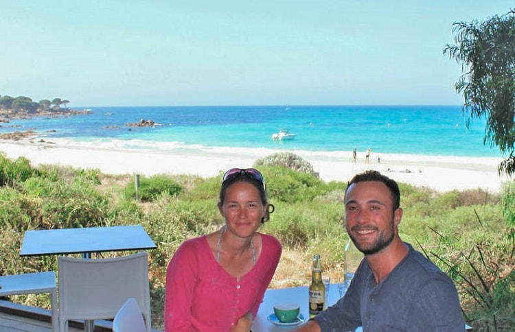 Couple eating at Bunker Bay Cafe in WA.