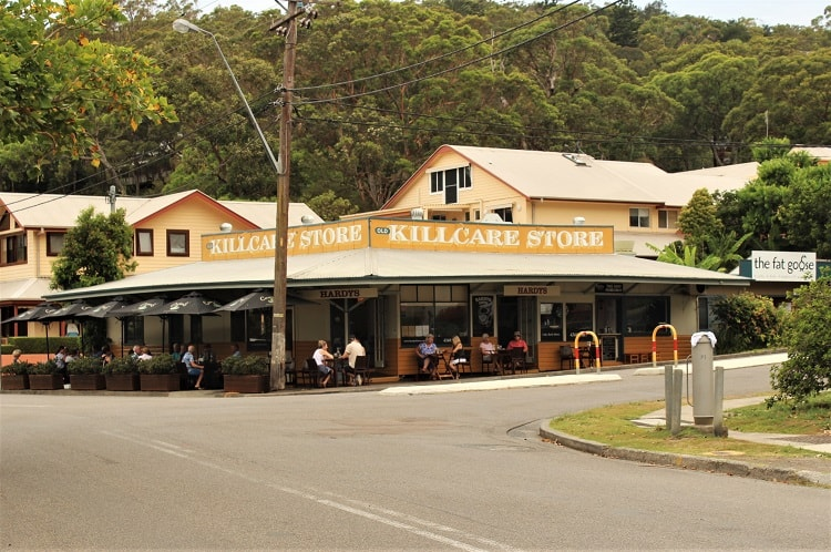 A guide on what to see and do around Umina Beach, Central Coast NSW. Explore beautiful beaches, quirky weekend markets and Bouddi National Park camping and hiking. The perfect short trip from Sydney, Australia.