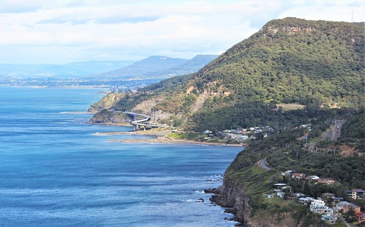 One of the most scenic short drives from Sydney along the Grand Pacific Drive via Sea Cliff Bridge.