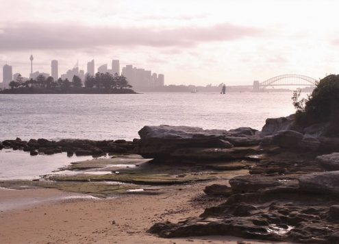 20 beautiful Sydney lookouts to admire the Harbour Bridge, Opera House, beaches and coastline from. Learn the best Sydney photography locations!