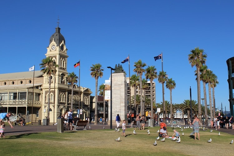 Discover the top 10 things to do in Adelaide Australia, from South Australia beaches to Adelaide city attractions.