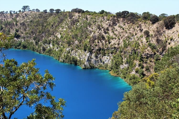 Gorgeous cobalt blue water at the Blue Lake in Mt Gambier.