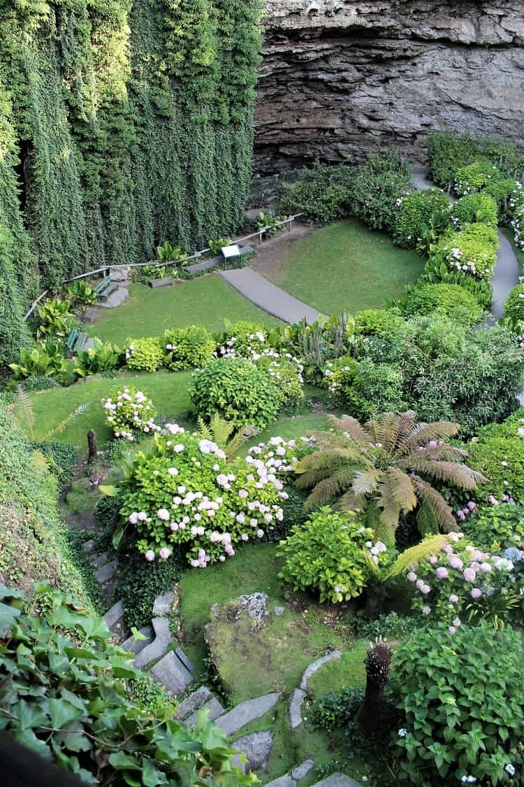 Umpherston Sinkhole, a stunning unusual Mount Gambier attraction featuring a sunken garden.