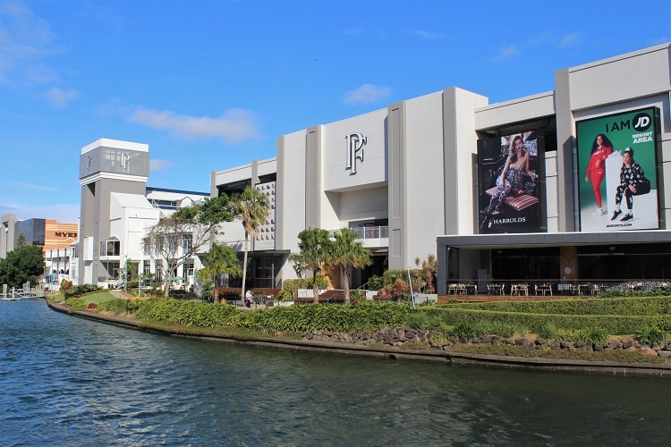 Pacific Fair Gold Coast: high street and designer shopping, cinema and restaurants at Broadbeach South.
