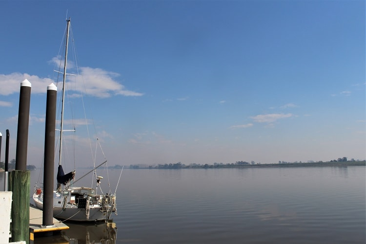 Beautiful sunny day by the Clarence River in Ulmarra in Northern Rivers NSW.