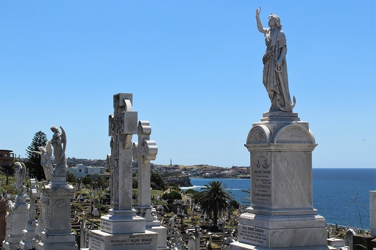 Huge Waverley Cemetery in Sydney, along the Bondi to Coogee walk.
